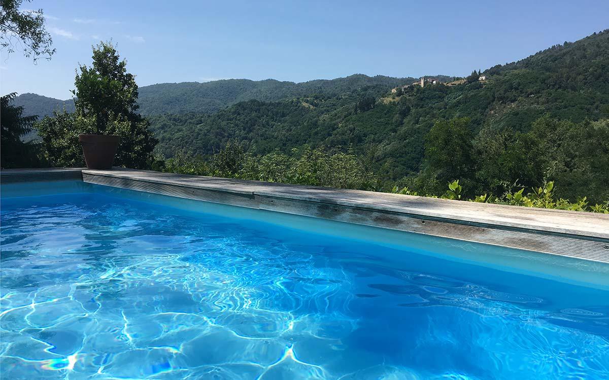 LaGioiella_Tuscanyspirits_pool_slider_2