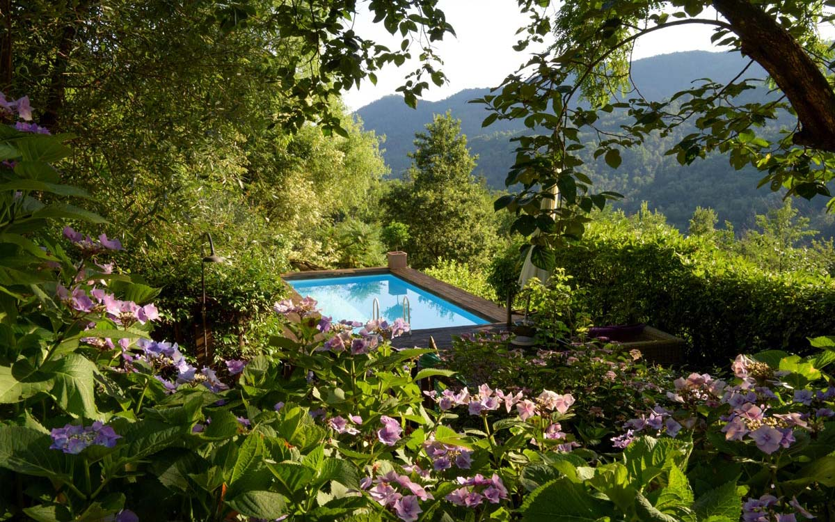 tuscanyspirits-la-gioiella-pool-slider-1